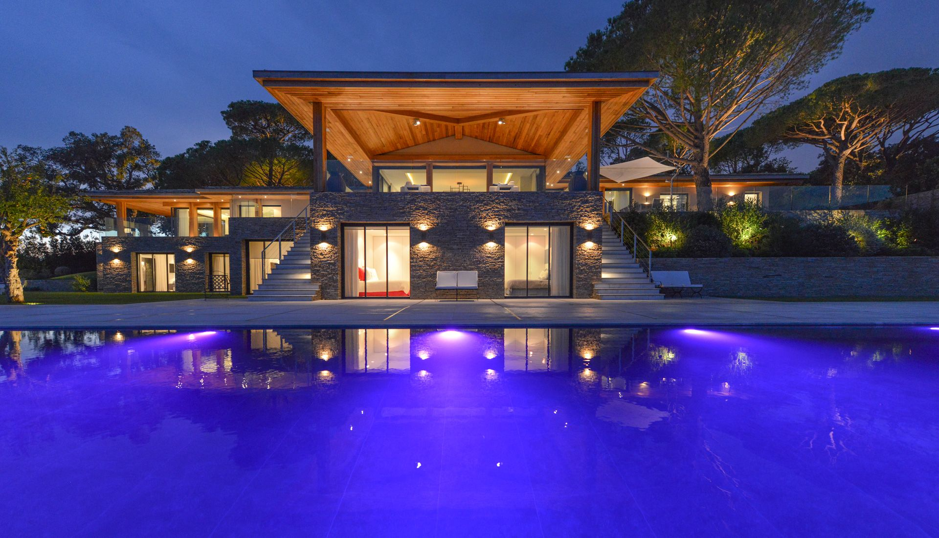 villa luxueuse saint tropez piscine